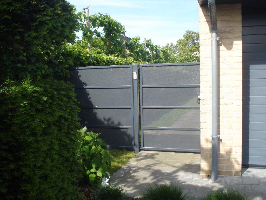 Kwalu Perforée poort D-fence
