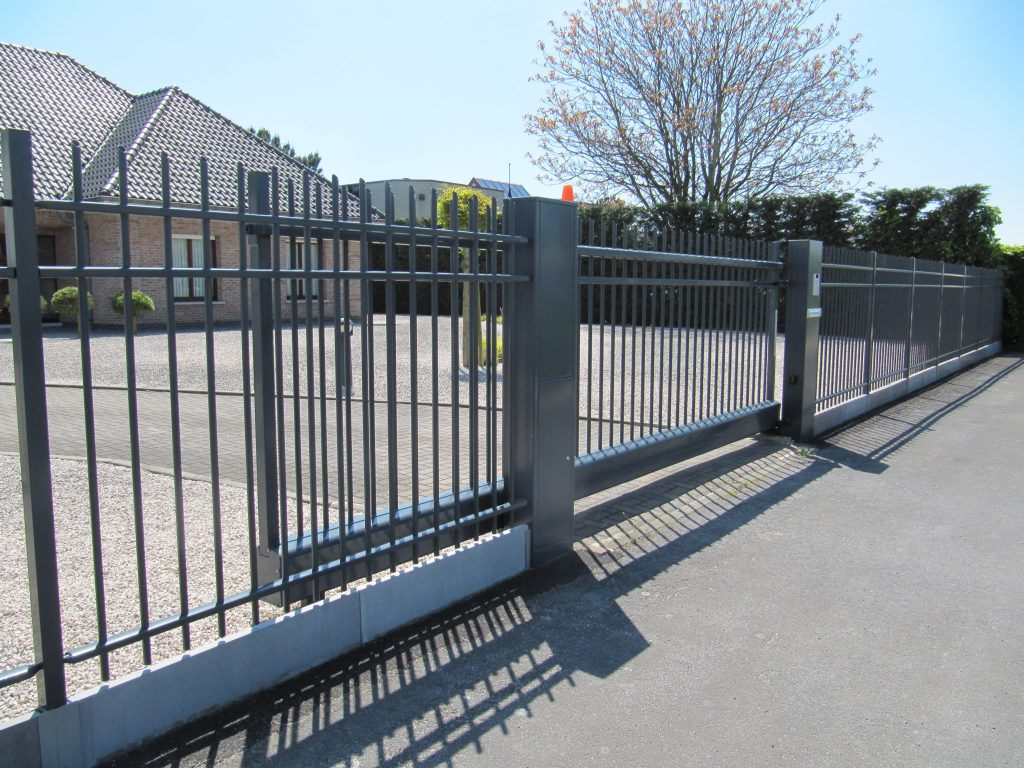 Traversa-tri poort D-fence
